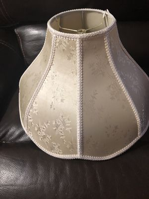 Ivory lamp shade for Sale in Pembroke Pines, FL