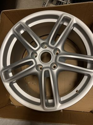 "PORSCHE PANAMERA TURBO WHEEL RIM 19"" for Sale in Artesia, CA"