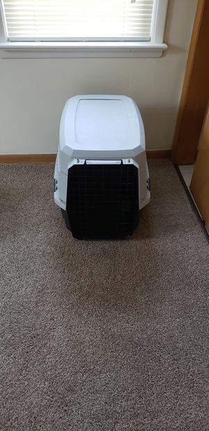 Medium dog kennel for Sale in Wickliffe, OH