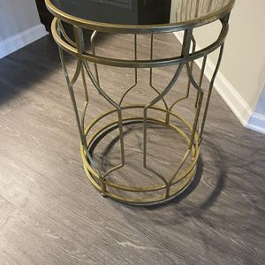 Gold Mirror Side Table for Sale in Durham, NC