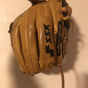 Baseball Glove for Sale in Fort Lauderdale, FL