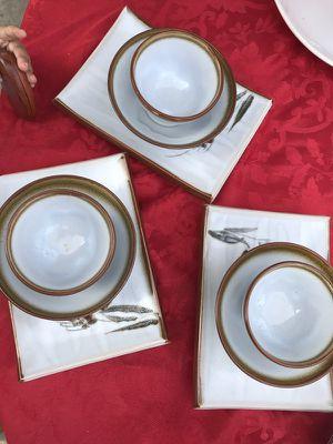 Kitchen plate set for Sale in Huntington Park, CA