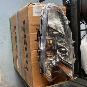 Nissan Maxim Headlights (left And Right) for Sale in Cleveland, OH
