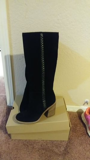 Boots ugg size #7 for Sale in Stockton, CA