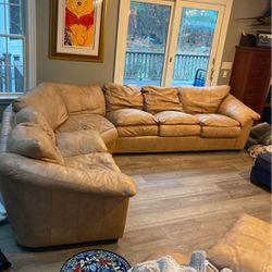 Hancock & Moore Inc sectional w love seat- seats 8 for Sale in Norton,  MA