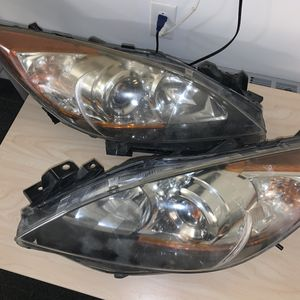 Mazda Mazda3 HID headlights pair for Sale in San Diego, CA