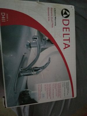 Delta kitchen faucet New for Sale in Alexandria, VA
