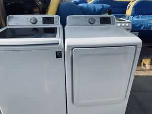 Samsung washer and matching gas dryer for Sale in Fresno, CA