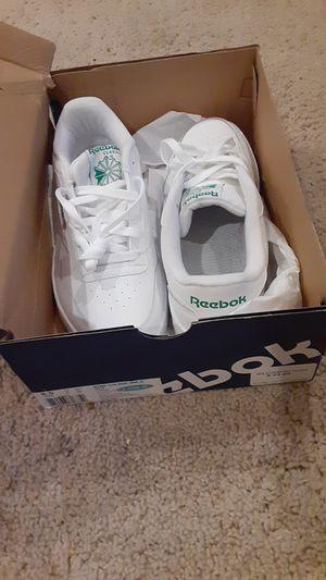 Reebok club memt shoes size 8.5 mens for Sale in Dublin, CA