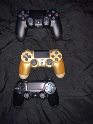 PS4 controllers for Sale in Hawthorne, CA