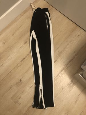 Black joggers size 32 for Sale in Los Angeles, CA