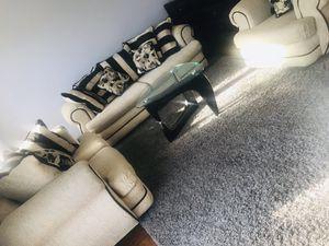 Living room furniture for Sale in Woodbridge, VA