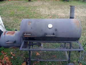 Big BBQ smoker grill for Sale in Little Rock, AR