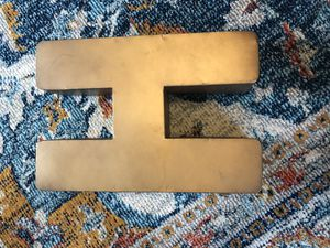 Metal Gold letter H for Sale in La Plata, MD