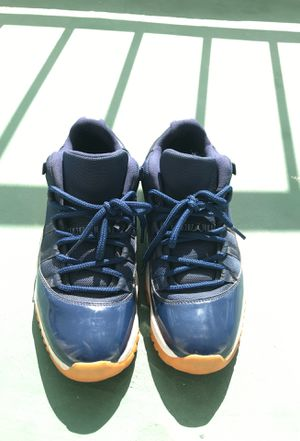 Jordan 11 Retro Low Midnight Navy (GS) for Sale in Miami, FL