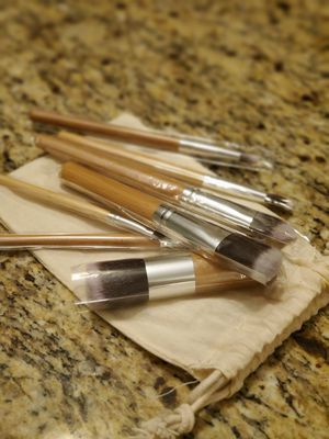 Bamboo Makeup Brushes for Sale in Goodyear, AZ