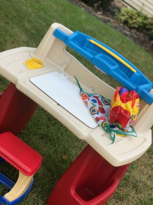 Kids Desk for Sale in Whitehall, OH