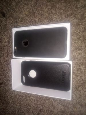 iPhone 6S+ unlocked for any carrier. Comes with headphone, charger and cord all accessoiries in the original packaging 128 gigs. $280.00 firm for Sale in Portland, OR