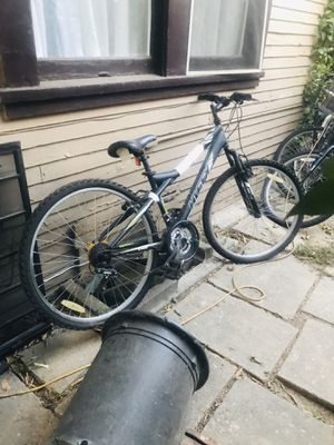 Huffy 21 speed mountain bike for Sale in Los Angeles, CA