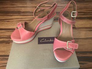 Clarks women platform sandals 7,5 for Sale in Rockville, MD
