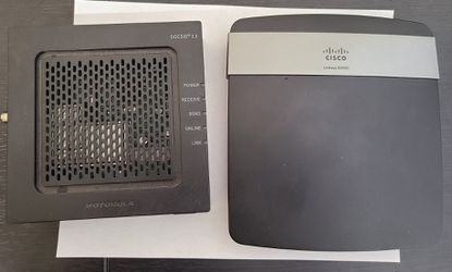 Cisco linksys E2500 router & Motorola surfboard SD6120 modem docsis 3.0 for Sale in Covina,  CA