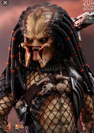 Hot toys Ancient Predator collectible mms 250 for Sale in Seal Beach, CA