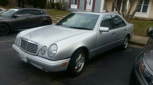 1996 Mercedes Benz 420 powerful engine in great shape, bose sound system, needs some work. for Sale in Gaithersburg, MD