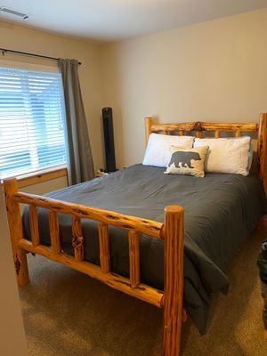 Queen size log bed frame and luxury mattress. for Sale in Enumclaw, WA