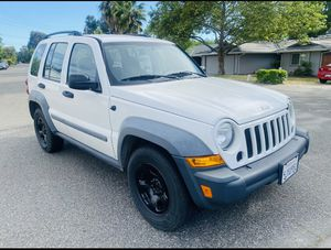 2005 Jeep Liberty (Clean Title) $3900 for Sale in Sacramento, CA