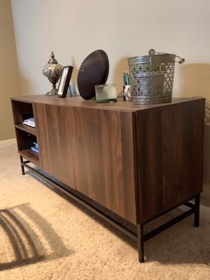 Mainstays Sumpter Park Console Table, Canyon Walnut for Sale in Houston, TX