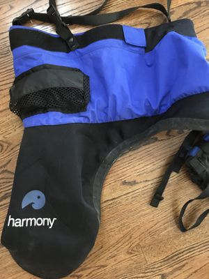 Kayak vest and spray skirt. Barely used Large for Sale in Warren, MI