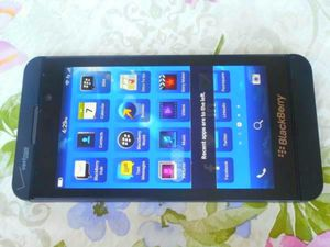 $150 - New Without Box Blackberry Z10 Verizon/T-Mobile/Cricket/MetroPCS/AT&T Black Clear ESN for Sale in Glendale, AZ
