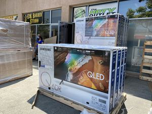 82 INCH SAMSUNG QLED Q60R BRAND NEW HUGE SALE TVS 2019 ! BRAND NEW ! TVS for Sale in Alhambra, CA