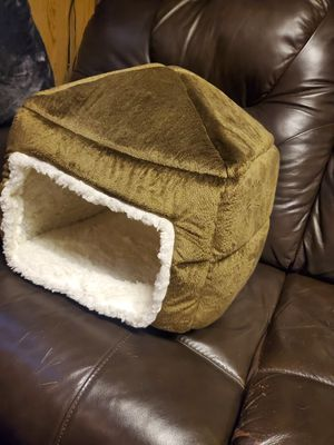 Convertible pet bed for Sale in Downers Grove, IL