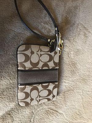 Coach wrist Wallet new for Sale in Auburn, WA