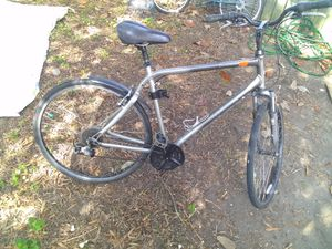 "Giant Cypress 20"" 7-speed 700c City Hybrid Bike W/ Gripshifter for Sale in Norfolk, VA"