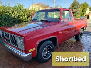 87 C10 shortbed. Selling whole truck not for parts for Sale in Riverside, CA