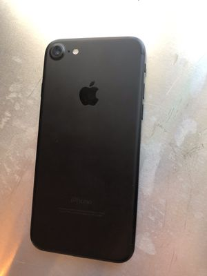 IPhone 7 32gb unlocked for any carrier s at&t + att Verizon sprint T-Mobile metro Pcs cricket iPhone 7 32 gb for Sale in Dallas, TX