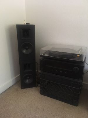record player audio setup (turntable, receiver, speakers) for Sale in Fresno, CA