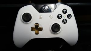 Xbox One White Controller for Sale in Miami Gardens, FL
