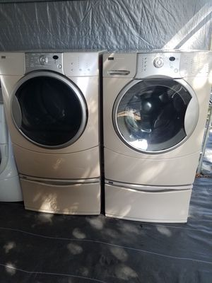 Kenmore washer and dryer set front loader for Sale in Tampa, FL