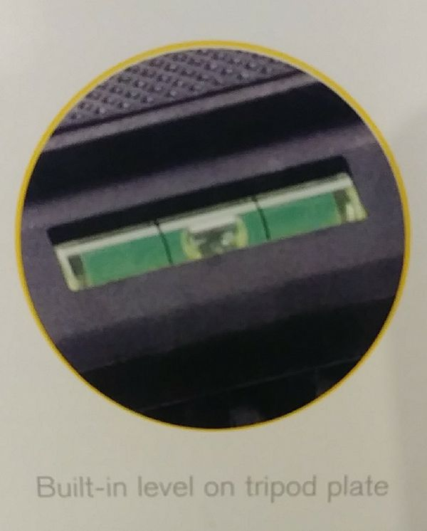 New Kodak Digital Camera Tripod w/Carrying Case
