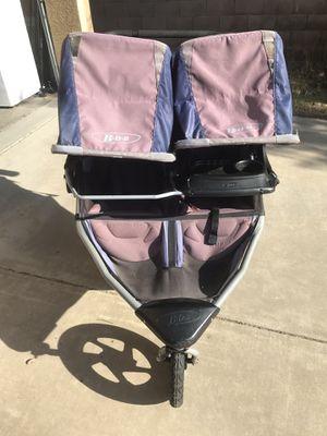 Bob duallie double stroller tray for Sale in Clovis, CA