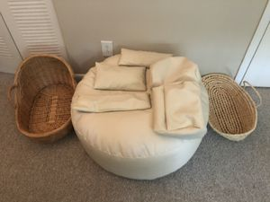 Baby Posing Beanbag/Pillows/Baskets for Sale in Mableton, GA