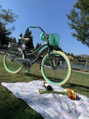 "New beautiful beach 🏖 cruiser deluxe 26"" ladies girls women's bike bicycle Grey/aqua for Sale in Chula Vista, CA"