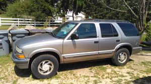 2001 Chevy S10 Blazer for Sale in East Lyme, CT