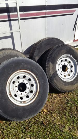 Trailer tires and wheels. 16 in eight lug. for Sale in Highlands, TX
