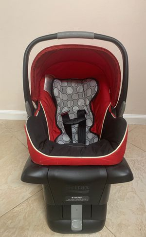 Britax B-Safe infant car seat with base for Sale in Deerfield Beach, FL