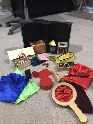 Deluxe Magic Set - Melissa & Doug for Sale in Silver Spring, MD