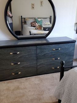 Dresser, Mirror & Night Stands for Sale in CA,  US